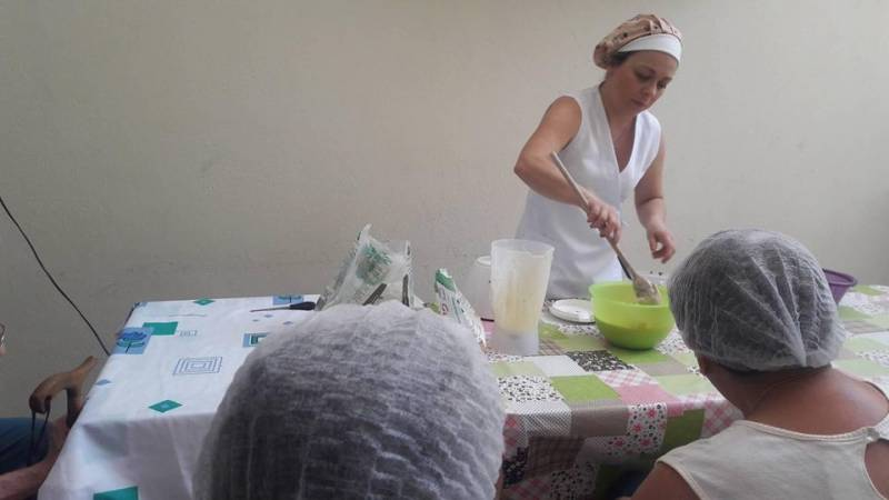 Asilo com Enfermeira em Sp em Embu das Artes - Asilo com Cuidados Especiais