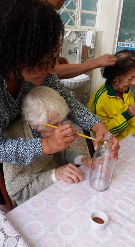 Casa de Repouso para Idosos com Alzheimer Conjunto Habitacional Padre Manoel da Nóbrega - Casa Geriátrica