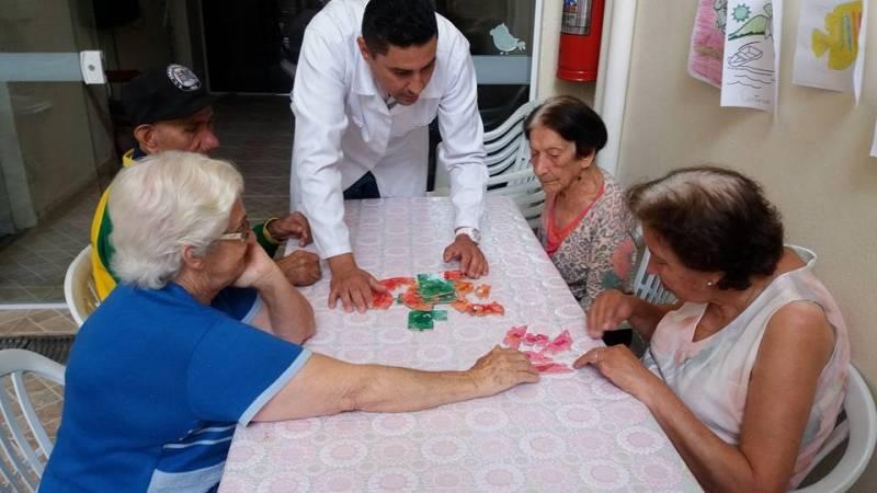 Espaço para Idosos Preço Jardim Helian - Casa de Repouso para Idosos com Alzheimer