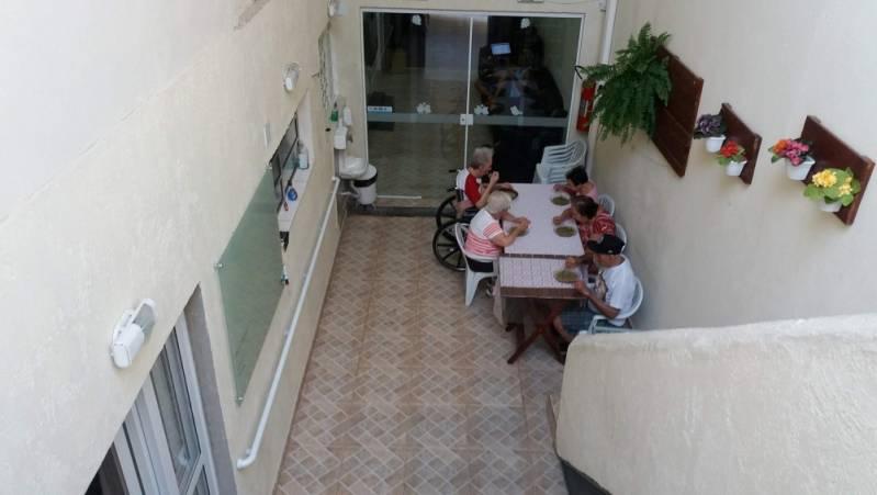Quanto Custa Condomínio para Idosos Jardim Iguatemi - Casa de Repouso para Homens